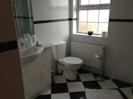 En-suite Bathroom, Riverfield House B and B